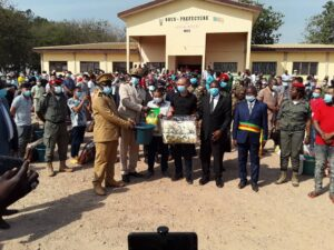 Official distribution of the gifts to beneficiary refugees from CAR