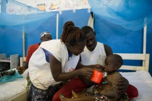 Officials from Doctors without borders helping in the fight against malnutrition in Cameroon (credit MSF)