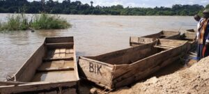 Abandoned boats formerly used by locals in Ndji for fishing
